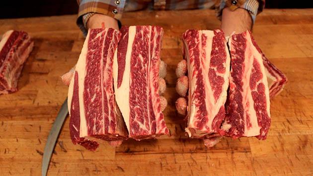 beef ribs vs pork ribs - cuts