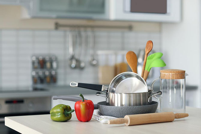 The Proper Type Of Cookware To Use On Glass Top Stoves